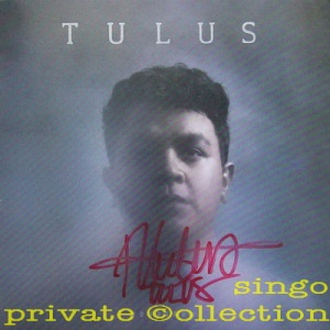tulus-2016-monokrom-signed-wm
